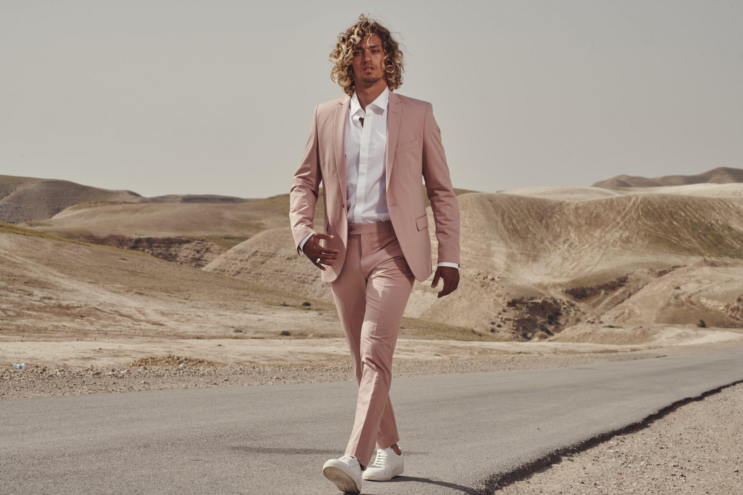 חליפה מעוצבת לגבר מבית אופנת סגל נתניה